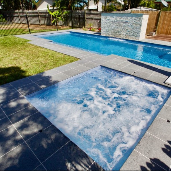 Narellan Swimming Pool - Neptune Spa